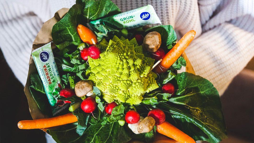Geschenkidee für Gemüseliebhaber: DIY Gemüsestrauß